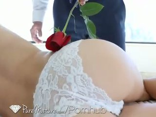brunette rated, pussy licking online, old