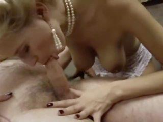 gratis brunette porno, grote tieten, wijnoogst kanaal