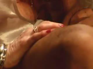 Diane Richards: Free Mature Porn Video 7f