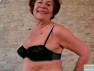 grannies, oude + young, interraciale, hd porn