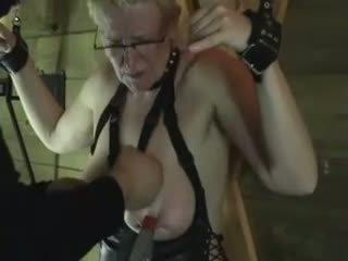 Pinces attachées orgasme films