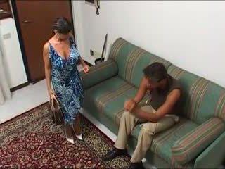 Une maman demonter par ابن mec et ابن fils