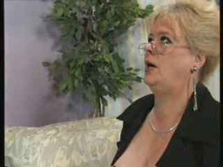 een lesbiennes, grannies, ideaal masturbatie porno
