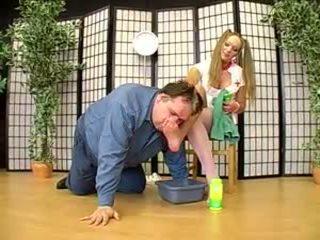 Tedesco dominazione femminile signora joanne e suo piede schiavo 2: porno af