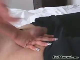 Pula loving gagica alexis breeze plugs ei gură cu o masiv errect pula