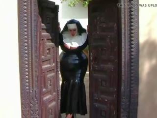 Busty Latex Nun: Free European Porn Video 8e