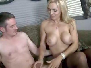 pijpen thumbnail, mooi brits gepost, controleren orgie seks
