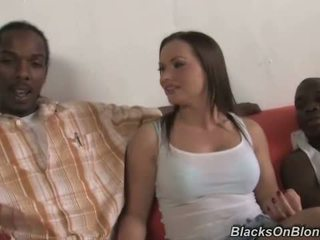 Katja kassin does analno s črno studs