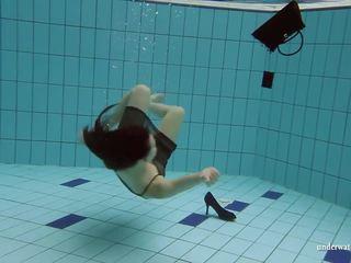 kwaliteit 18 jaar oud neuken, controleren underwater kanaal, through thumbnail