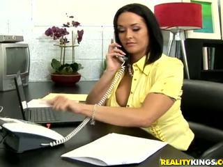 tutto grandi tette online, migliori grandi tette ideale, ufficio reale