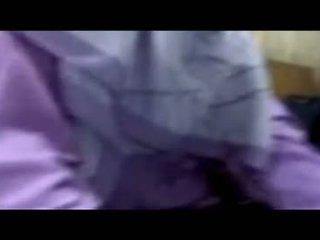 Indonezian hijab lovitură muncă
