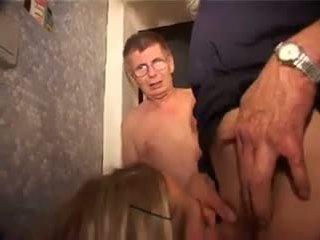Pinkeln porno