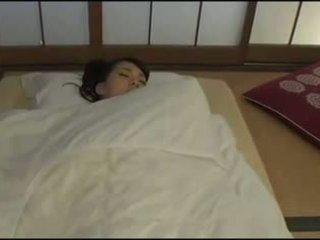 Gyönyörű japán feleség - masturbation