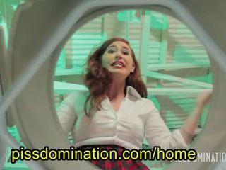 pissing, groot pis seks, heet femdom thumbnail