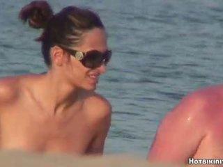 Beach Voyeur Nude Females Spycam HD Video