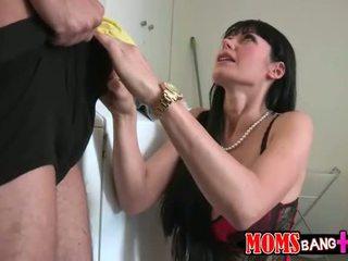 Eva Karera and Cassandra Nix horny 3way