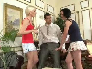 ideaal babes neuken, ideaal handjobs porno, meer drietal porno