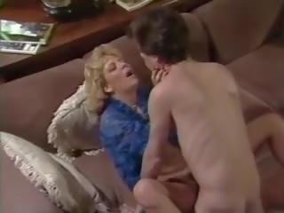 Hot Vintage Scene with Karen Summer and Tom Byron: Porn 88
