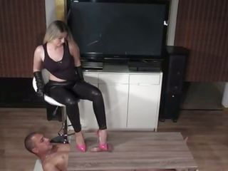 Shoejob: Free BDSM & Foot Fetish Porn Video 8f
