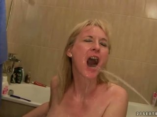 echt pissing, pis, online watersport video-