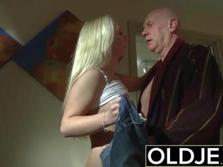 Napalone poranek seks stary młody porno sympatia gets fucked