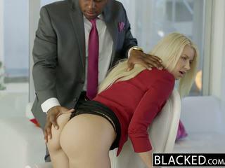 Blacked perniagaan si rambut perang anikka albrite pantat/ punggung fucked oleh yang bbc