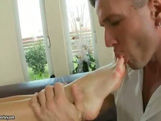 Aletta ocean enjoying kuum jalg fetiš seks