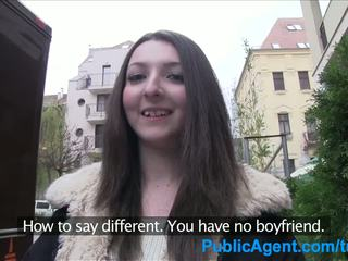 Publicagent ado brunette gets baisée dur en une hôtel salle