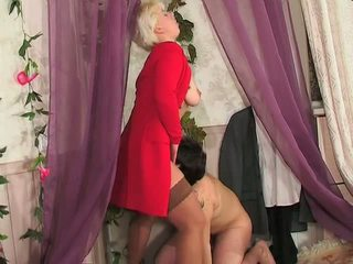 Guys and Mature: Free MILF Porn Video 1f