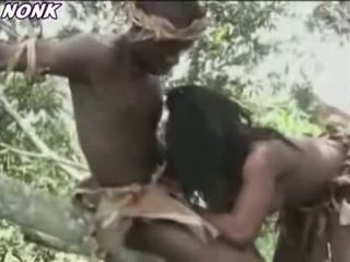African Amateurs Fuck In Jungle