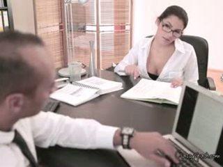 brünette, ideal große brüste echt, heißesten blowjob sehen