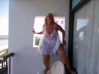 Lynn 4: Outdoor & Mature HD Porn Video 8e