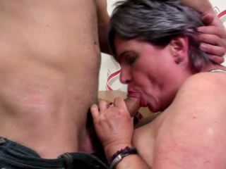 Old Mature Moms Suck and Fuck Not Their Sons: Free Porn 4d