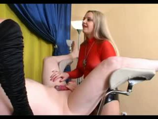 Strapon&Facesitting Session on a Gynochair (subtitled)