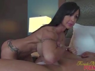 Fit Pornstar Bicep Fucks Face Sits Muscle Stud