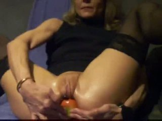 Russian mature anal fisted and stuffed with cocal cola bottl
