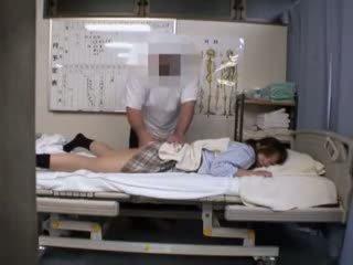 kibaszott főhadiszállás, nagy japán minőség, iskoláslány lát