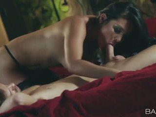онлайн брюнетка най-добър, реален hardcore sex, всички oral sex