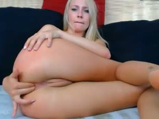 Blond Big Natural Boobs Nipples Shaved Puffy Cameltoe