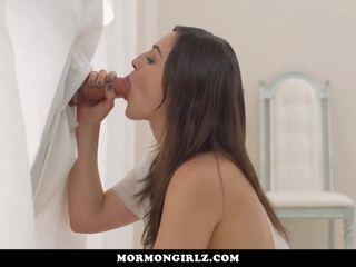 Mormongirlz-gorgeous Teen at Church Gloryhole: Free Porn 2f