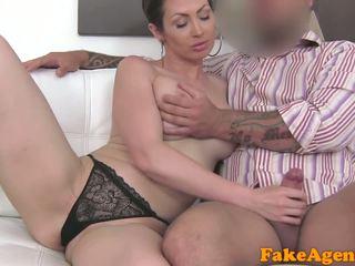 brunette fuck, real oral sex video, vaginal sex