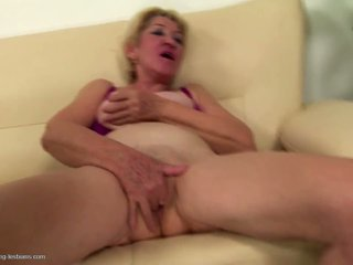 lesbians check, online grannies great, nice matures