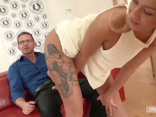 Exposed casting - steamy casting con caliente gal katrin.
