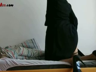 Niqab anál solo na gauč