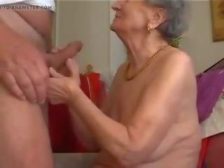 Mamie Fait De Bonnes Pipes, Free Mature Porn 23