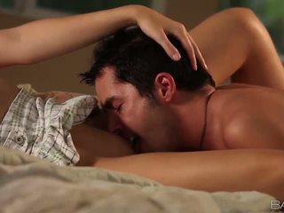 karštas briunetė daugiau, hardcore sex įvertinti, oralinis seksas jūs