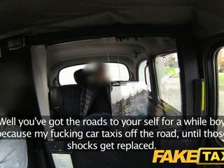 Faketaxi briti taxi gangbang