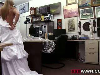 bruid gepost, vers pijpbeurt, uniform tube