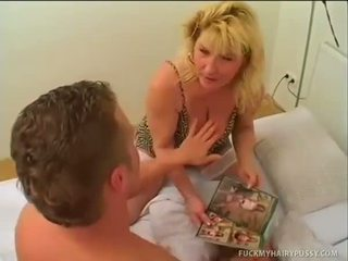 Hot Slut Sucks Her Boyfriend And Gets Ponded In
