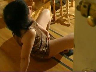 controleren masturberen porno, euro klem, gratis geschoren kutje porno
